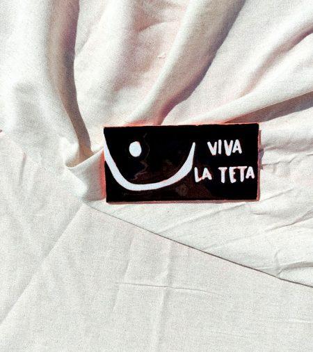 Azulejo-Pintado a Mano Tetazulejo Viva la Teta